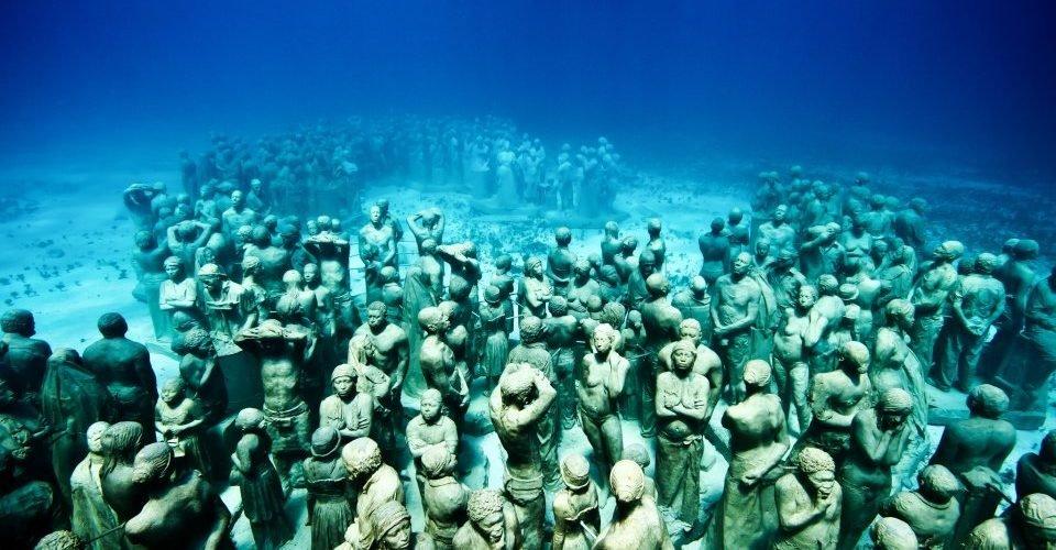Museu subaquático | Arte e conservação marinha com esculturas submersas